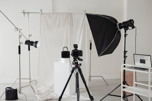 プロの写真家機材の手配