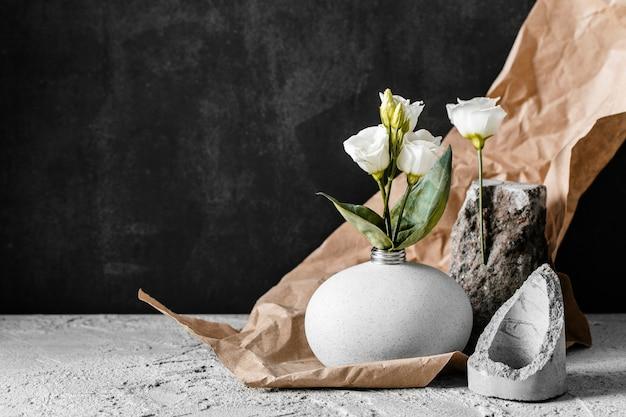 복사 공간 봄 꽃의 배열