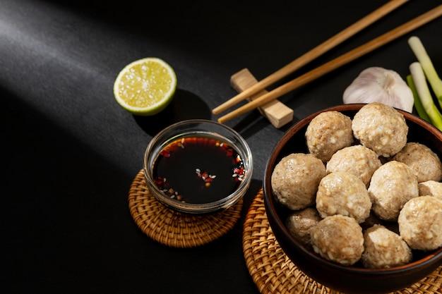 인도네시아 전통 bakso의 배열