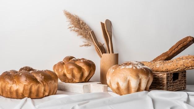 Disposizione della vista frontale del pane dolce