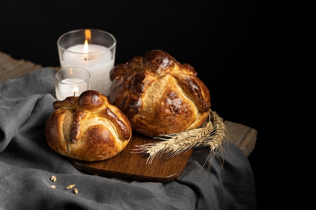 Disposizione del tradizionale pane dei morti