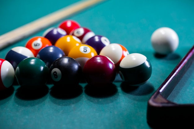 Arrangement with billiard balls and triangle