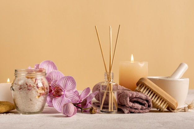 Arrangement with items for relaxation