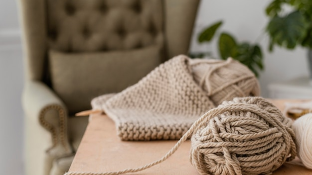 뜨개질 실로 배열