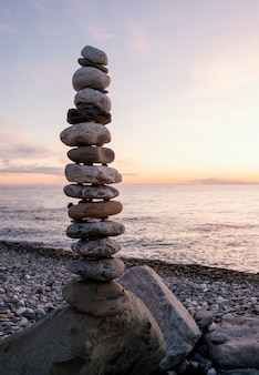 Arrangement with pebbles at seaside