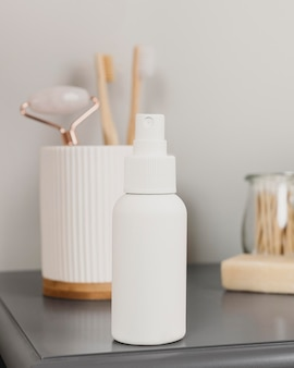 Arrangement with a skin care product