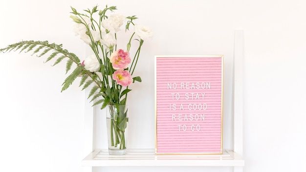Arrangement with text and cute flowers