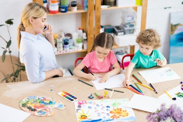 Урок искусства и ремесла в школе