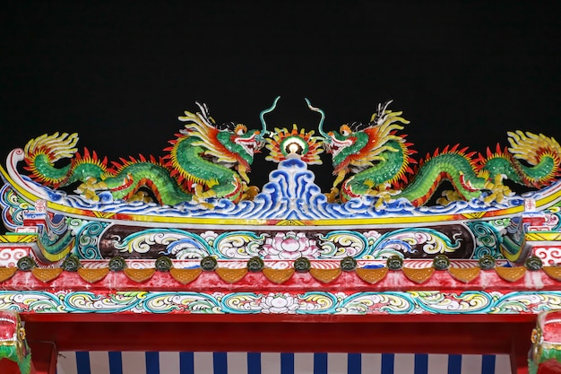 Art of double dragon on top of dragon gate chinese temple