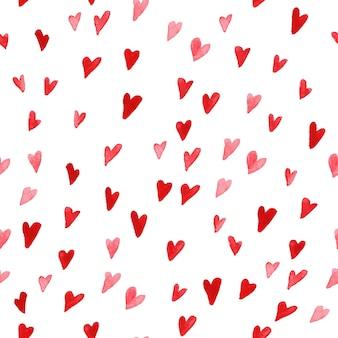 白い背景で隔離の水彩画手描きハートと芸術的なシームレスパターン。図面をペイントします。バレンタインデーのカードデザイン、パッケージ用紙に最適です。愛とロマンチックなテーマ。