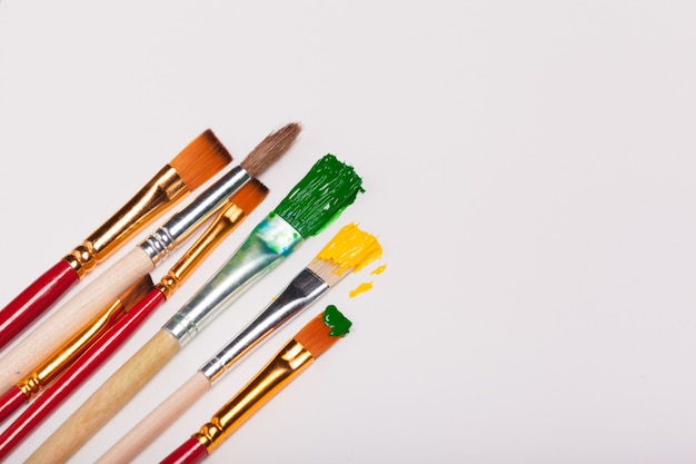 Artwork drawing equipment. the old brushes placed