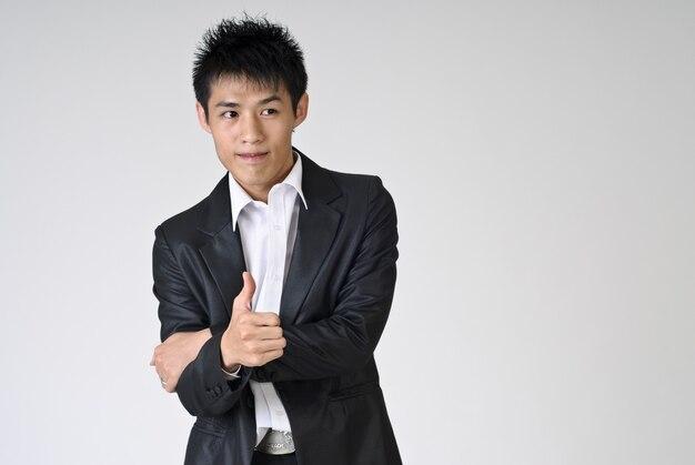アジアの実業家の肖像画