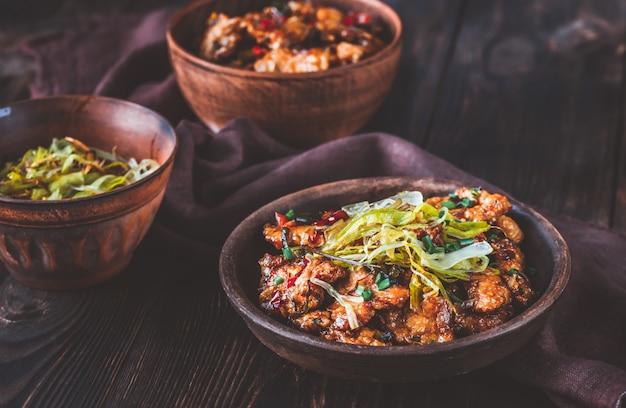 Азиатская курица в кисло-сладком соусе