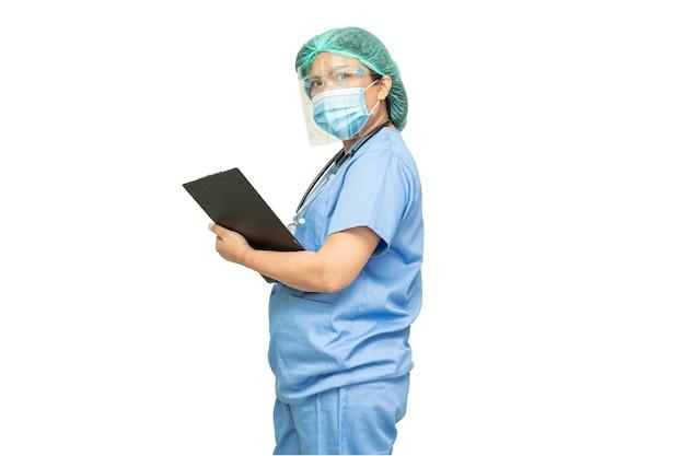 コロナウイルスを保護するためのppeスーツを着ているアジアの医師