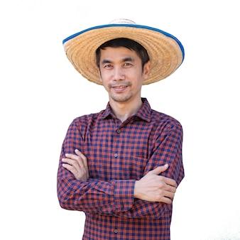 아시아 농부 남자 교차 팔과 찾고 포즈. 외딴