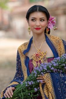 Азиатские женщины портрета