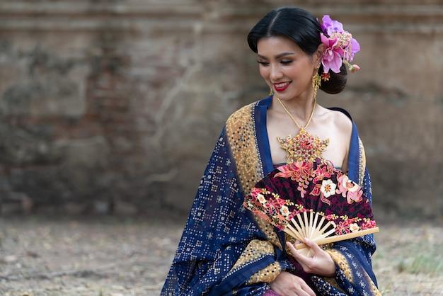 アジアの肖像女性