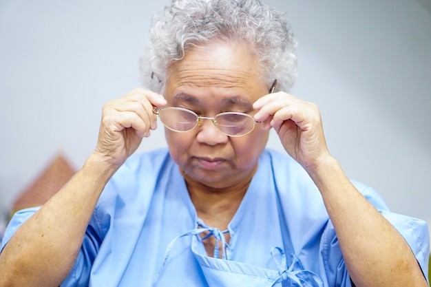 Asian senior or elderly old lady woman patient
