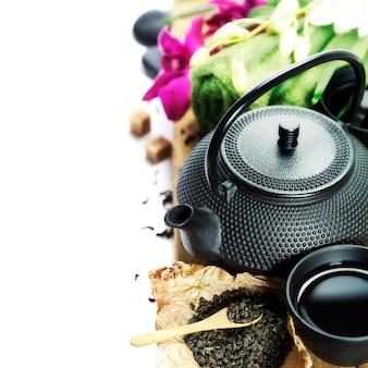 Азиатский чайный сервиз и спа-настройки