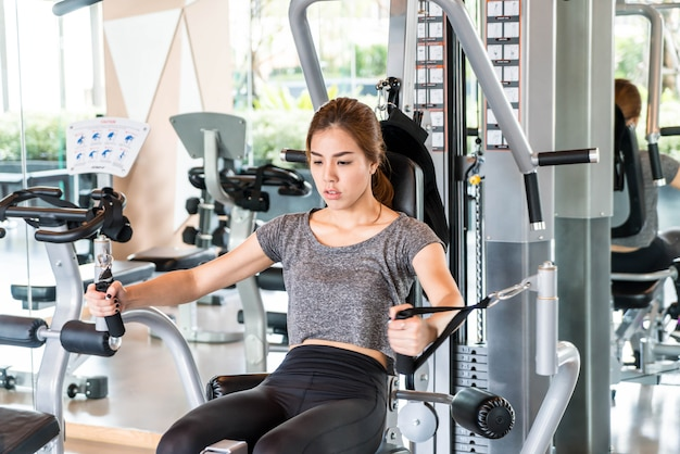 Asian woman exercise in the gym