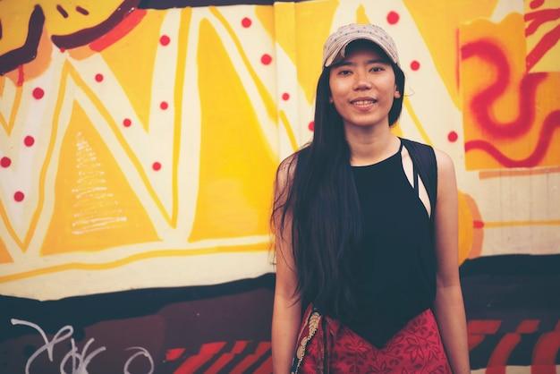 シンガポールのアジア女性旅行