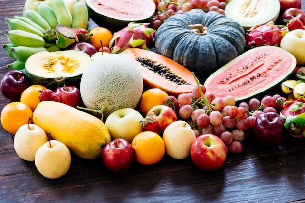 Ассорти и смешанные фрукты