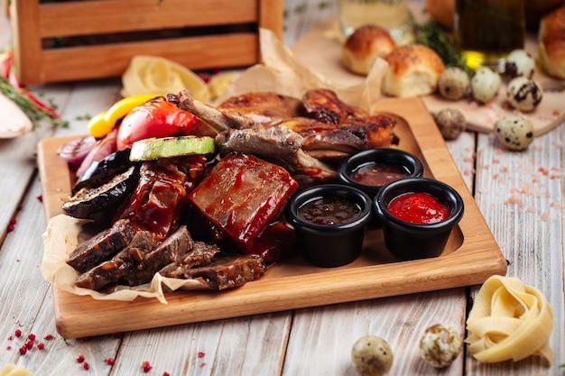 Assorted grilled meat and vegetables platter set