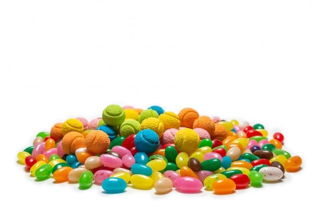 Ассорти из жевательных конфет крупным планом