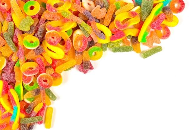 Ассорти жевательных конфет вид сверху