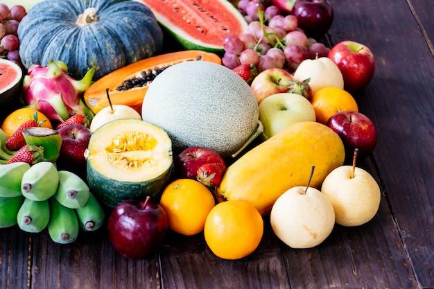 Frutti assortiti e misti