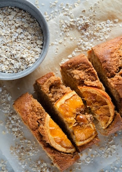 Assortimento di ricette salutari con le arance