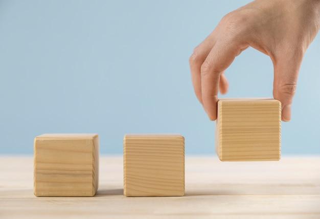Ассортимент заготовок деревянных кубиков
