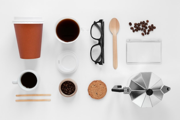 Ассортимент элементов брендинга кофе