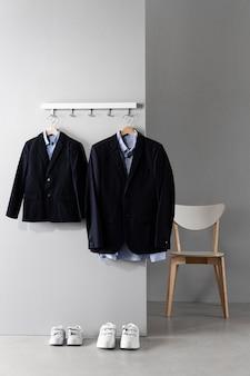Ассортимент одежды отца и сына