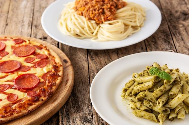 Ассортимент итальянских блюд из пасты