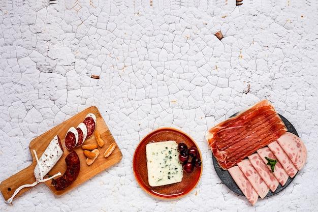 Ассортимент типичных для испании колбас