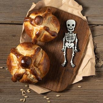 死者の伝統的なパンの品揃え