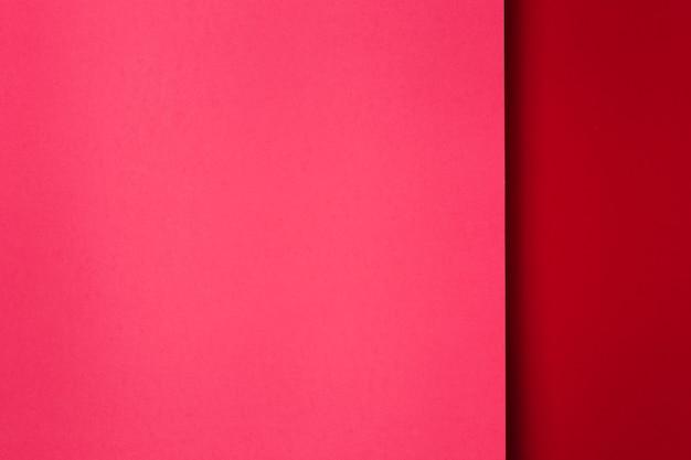 Assortimento di sfondo rosso fogli di carta