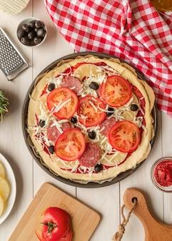 Ассортимент вкусной традиционной пиццы