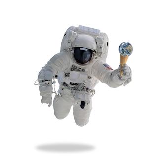 Астронавт в космическом пространстве с рожком мороженого земли