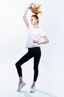 アスレチック女性トレーニングアクティブライフスタイルエネルギー