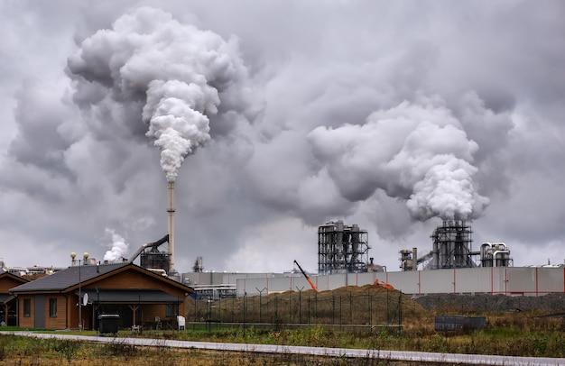 산업 연기로 인한 대기 오염