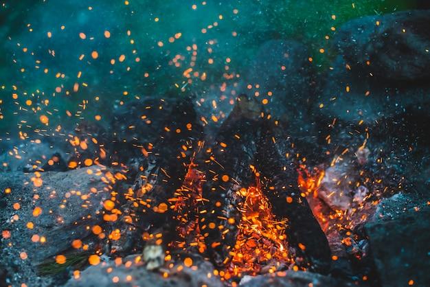 大気火災。