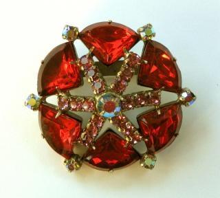 原子40赤い星のブローチ