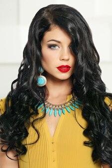 Attractive brunette girl, fashion portrait