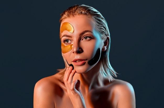 Привлекательная женщина с цветными пятнами на лице