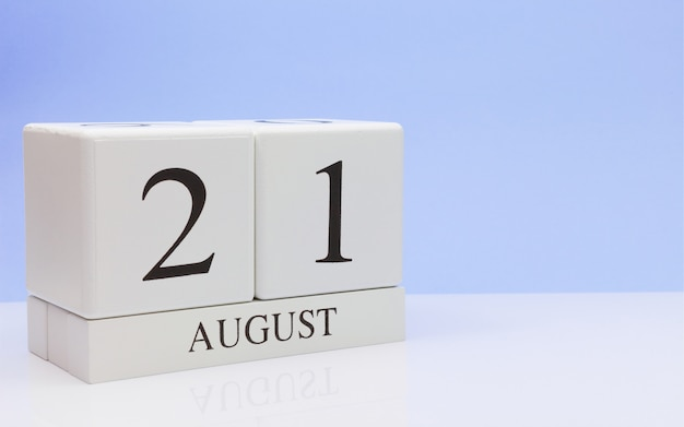 August 21st. day 21 of month, daily calendar on white table