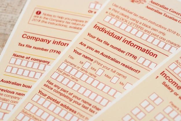 Формы годовой австралийской налоговой декларации. налоговая концепция.