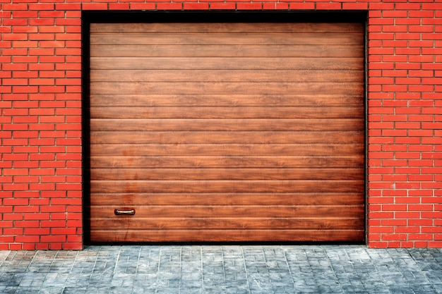Automatic and convenient garage doors opening for a car