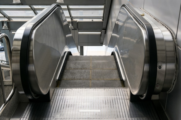Automatic escalators are commonly used in various places and buildings